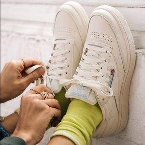 Reebok cream sneakers